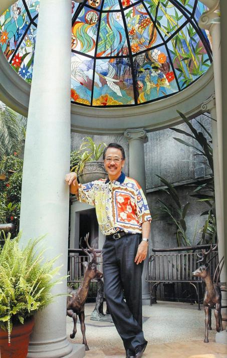 Brian Yaputra, Eztu Glass - pic. Indonesia Tatler